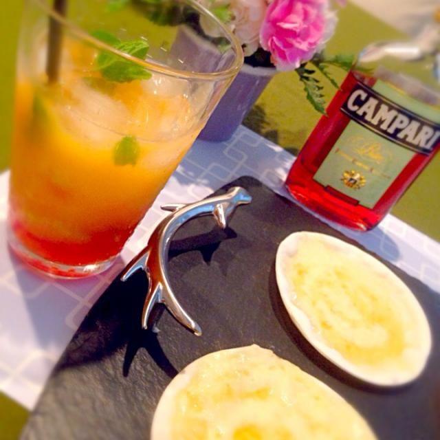 キャンペーンで頂いたのでキュウイ入りカンパリオレンジで乾杯‼︎‼︎ - 25件のもぐもぐ - カンパリオレンジ。ハチミツピザ by hongki