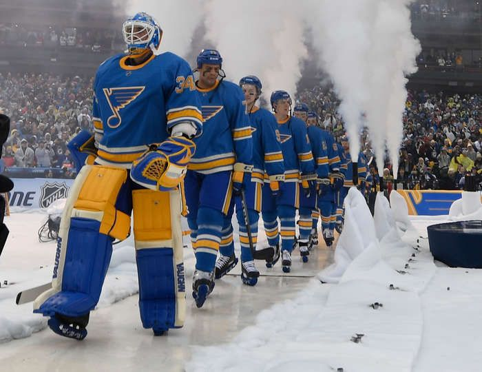 Blues vs. Blackhawks - 01/02/2017 - St Louis Blues - Photo Galleries