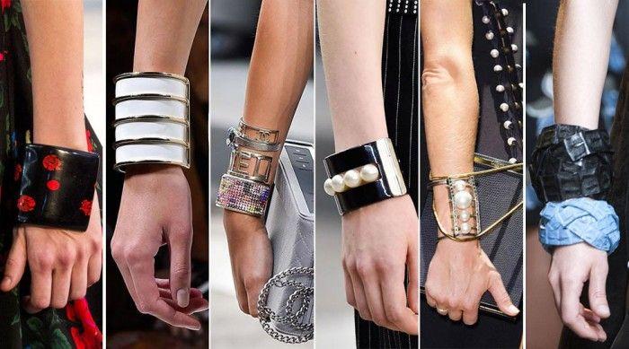 Женские браслеты - одно из самых универсальных и разнообразных украшений. Красивые и модные тенденции 2017 уже ждут вас в новой статье.