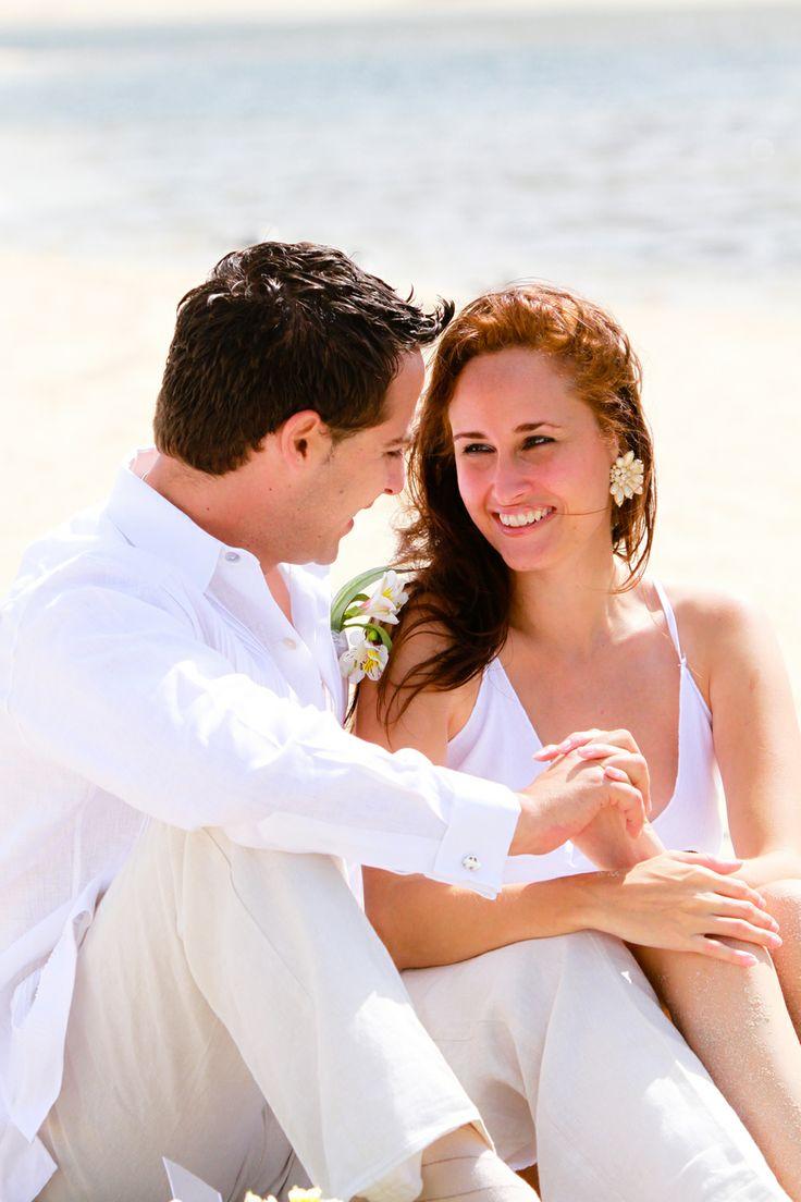 Beach Wedding attire for groom - Ejecutiva | JK Guayaberas