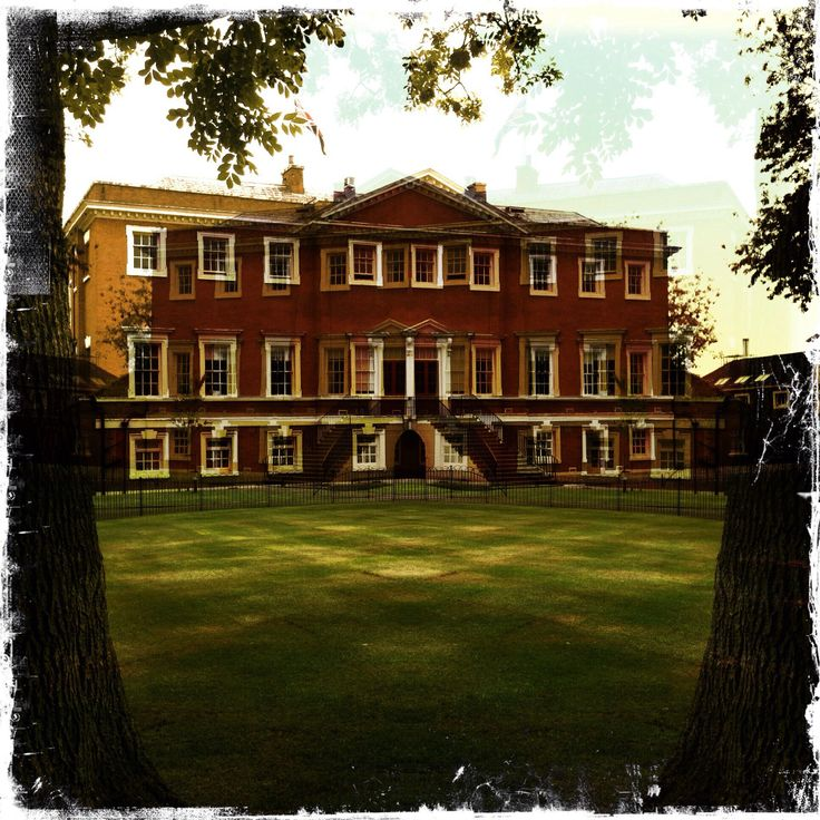 Warrington Town Hall - rear garden