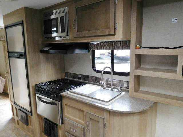2016 New Kz Rv VISION 23RLS Travel Trailer in California CA.Recreational Vehicle, rv, 2016 KZ RV VISION 23RLS COMPACT REAR LIVING