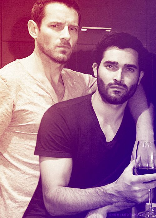 Tyler Hoechlin and Ian Bohen