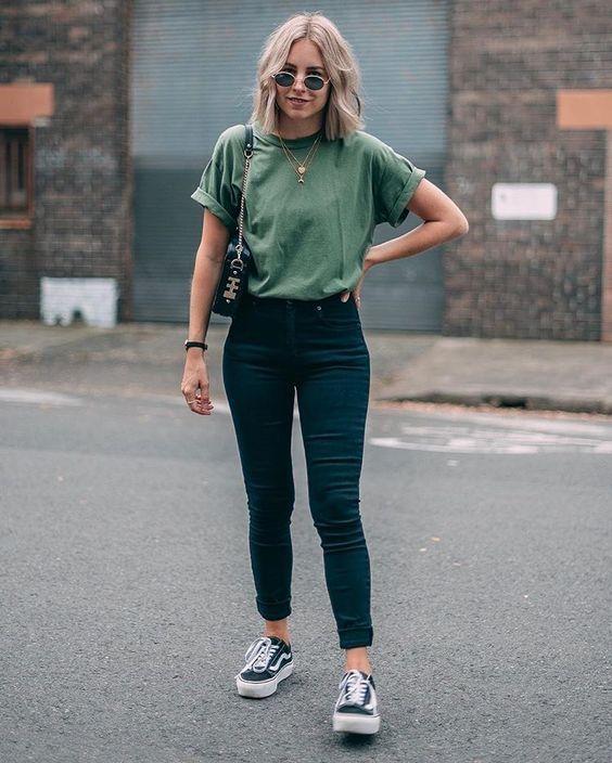 14 schlichte & trendige Outfits für Frühling und Sommer 2019 #Frühling #Sommer #Aus … – Sommer Outfits & OOTD