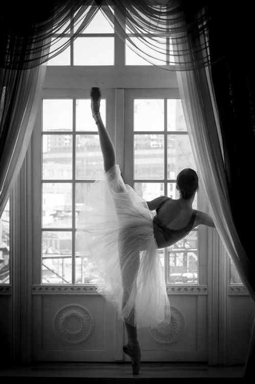 another pinner wrote: There is something about ballet that's beautiful. [I wish I could pin it down, because some people don't care for it, so there must be something they don't perceive or don't care enough about]