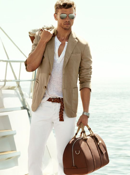 Michael Kors | Men's Fashion | Menswear | Men's Outfit for Spring/Summer | Moda Masculina | Shop at designerclothingfans.com