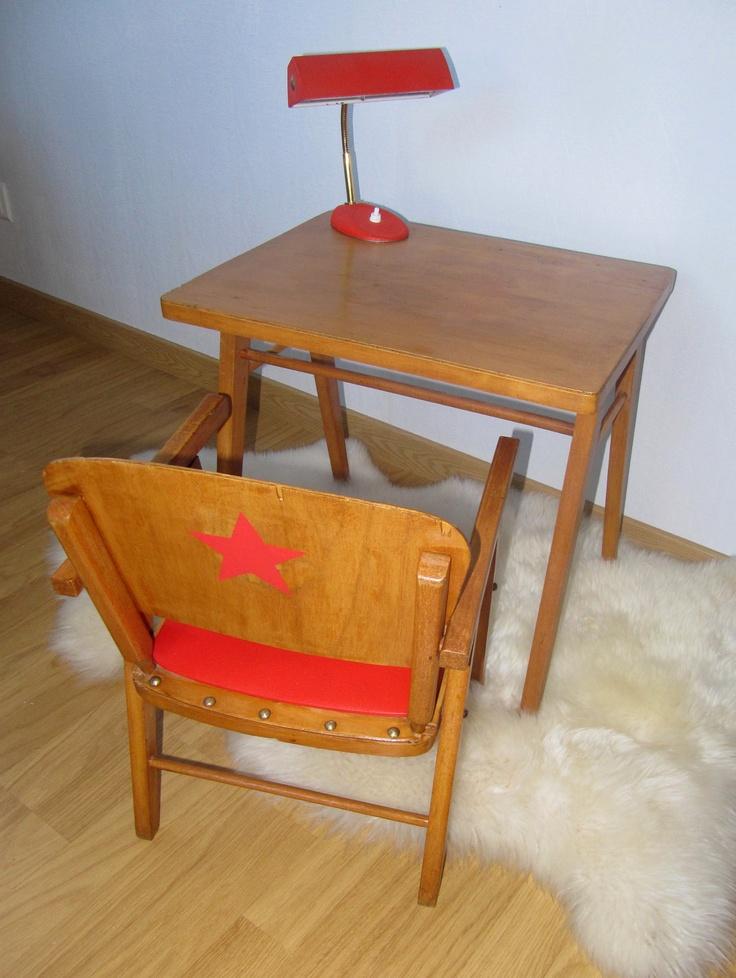 le bureau baumann version miniature couleur miel. Black Bedroom Furniture Sets. Home Design Ideas
