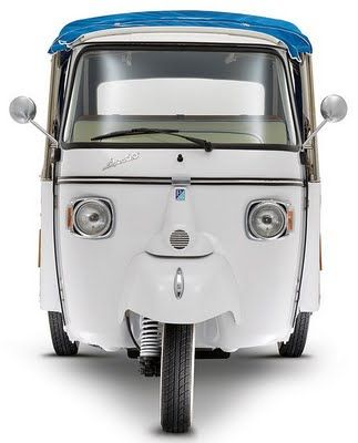 Blog do Moquenco: Piaggio Ape Calessino: primeira versão elétrica do mítico veículo de três rodas dos anos 50