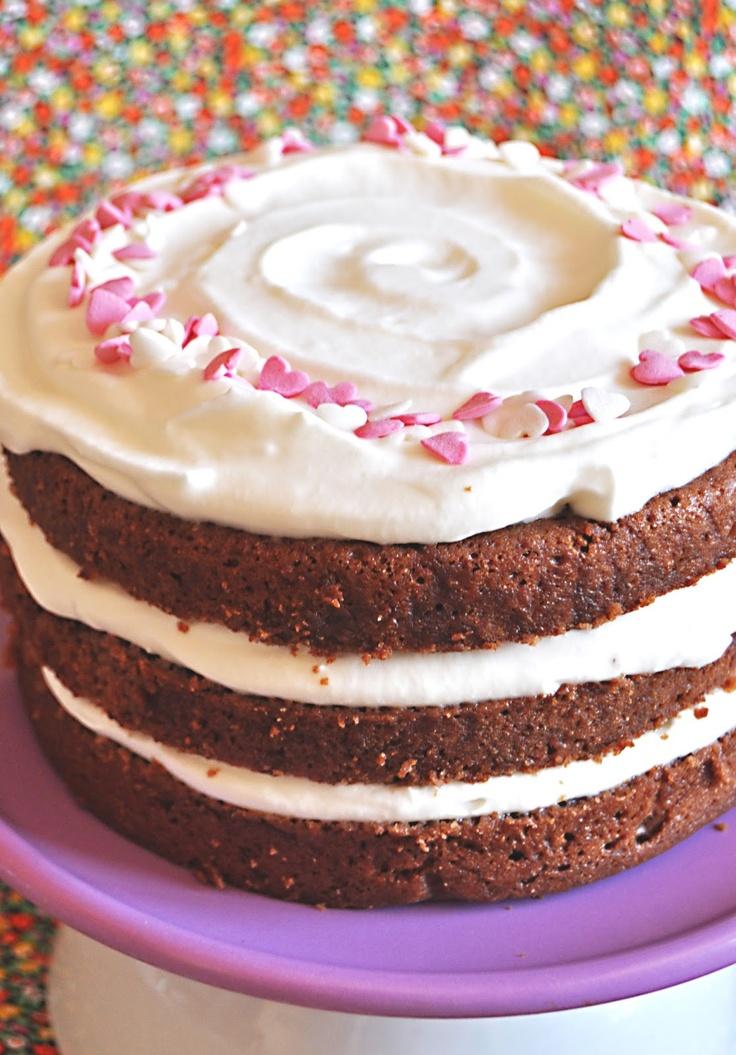 Tarta de chocolate y nata, sin huevo sin leche y sin gluten! Apta para alérgicos y vegana!!