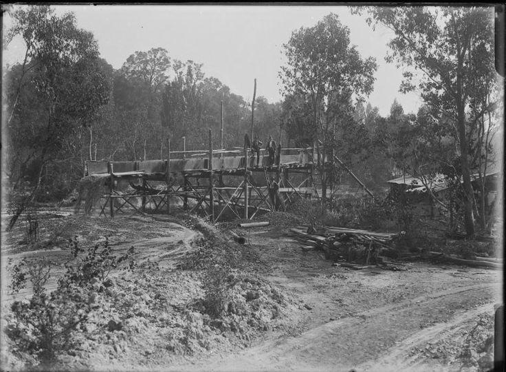 008612PD: Tin sluicing, Greenbushes, 1922 http://encore.slwa.wa.gov.au/iii/encore/record/C__Rb2090927?lang=eng