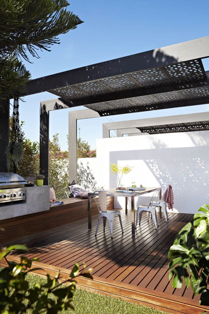 Bright outdoor space of stylist Aimee Tarulli of Archer Interiors