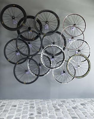 ART ECO. discarded tire wall installation