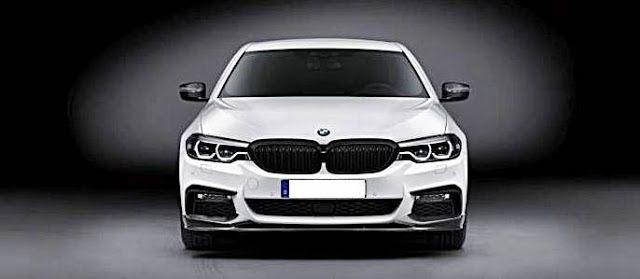2017 BMW 5 Series Sedan with M Performance accessories