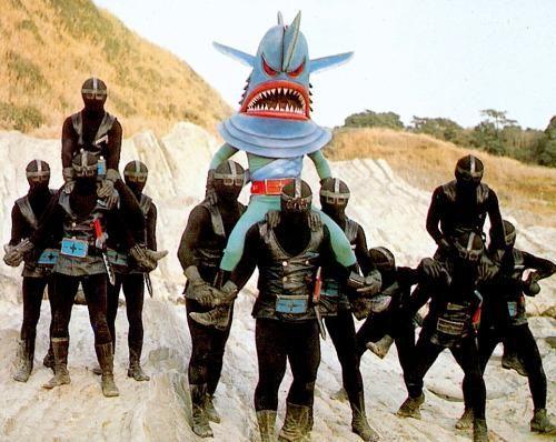 """騎馬戦 #体育の日  (剣ザメ仮面/秘密戦隊ゴレンジャー) villain """"Sword Shark Mask"""" from """"Granger"""" 1975"""