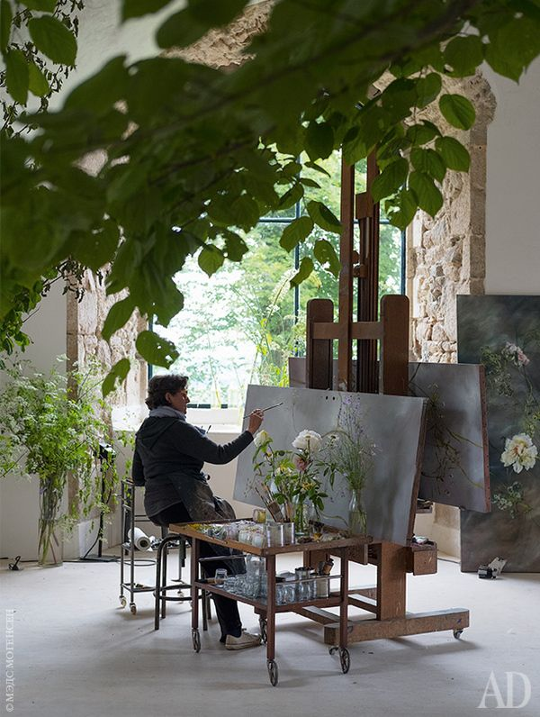 The hostess Claire Basler at work in the studio, which she pays for eight hours a day.