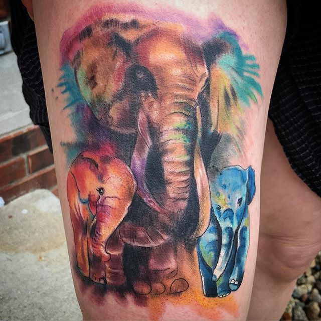 Neat watercolour family of elephants