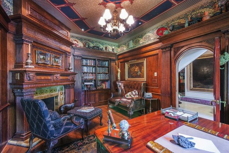 Do It Yourself Home Design: Old World, Gothic, And Victorian Interior Design