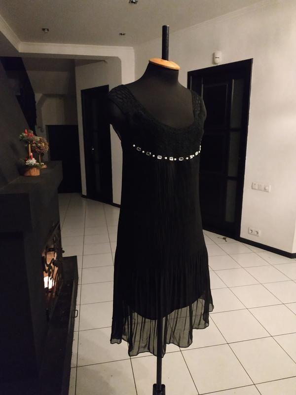b21b33d861b Чёрное шифоновое платье с камнями и кружевом за 359 грн.