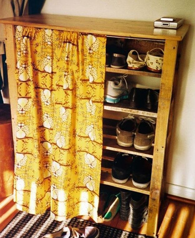 Pallet furniture furniture easy diy crafts and for kids for Shoe rack made from pallets