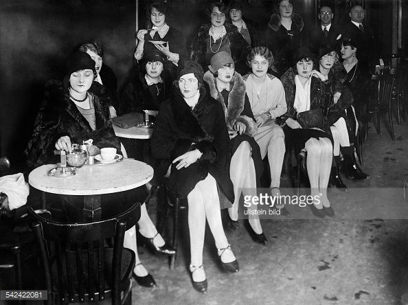 Germany Free State Prussia Berlin Berlin Fashion models Models wait for a job at the model employment service in Lindenstrasse Berlin 1929 Vintage...