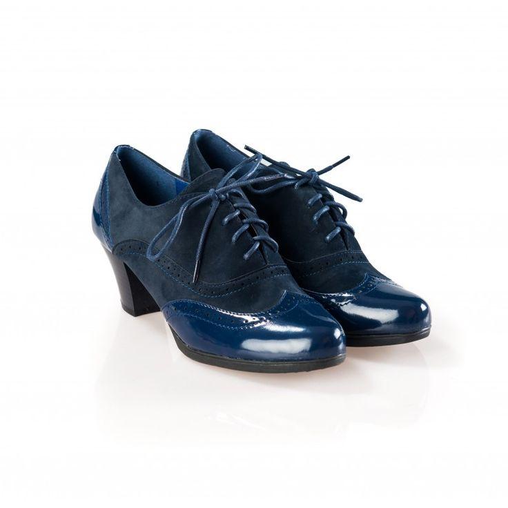 Pantofi dama albastri cu toc tip Oxford Robin la pretul de 89.00 RON. Comanda Pantofi dama albastri cu toc tip Oxford Robin de la Oteros!