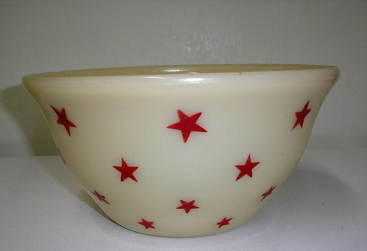 "RARE McKee Carmel Custard Red Stars 9"" Mixing Bowl 