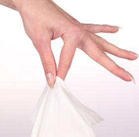 Хозяйке на заметку: как быстро и легко отстирать сопливые носовые платки
