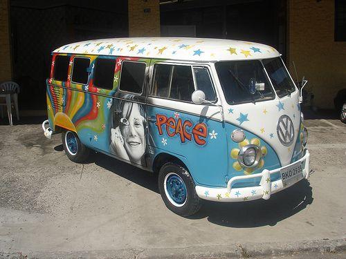 volkswagen-kombi van pintura artistica by eduardo kobra - Muralista -, via Flickr