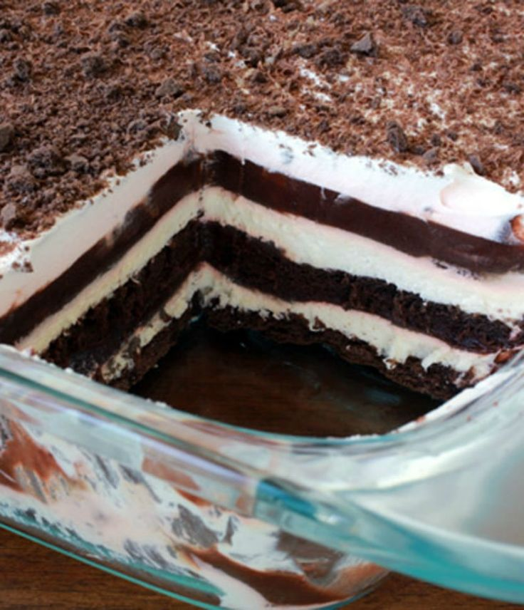 Luscious layers of graham crackers  cream cheese  pudding and whipped cream make up an easy dessert that everyone loves    Everyday Dishes  amp  DIY