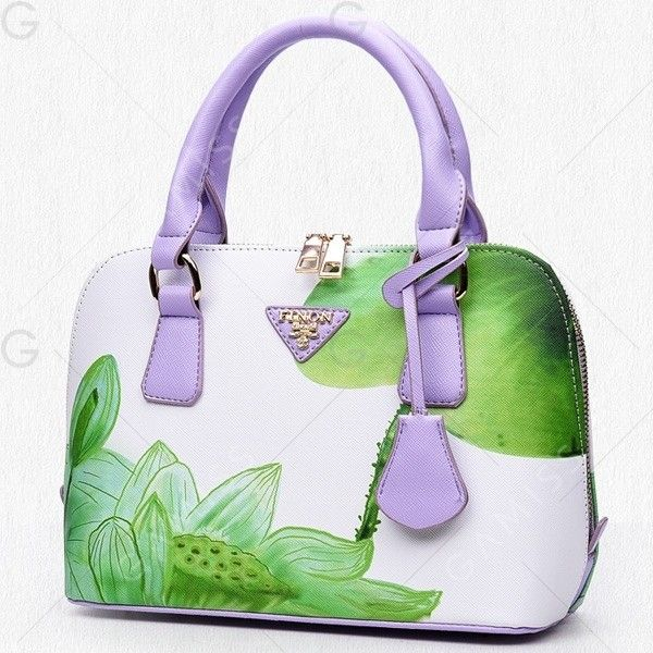Green Floral Printed Handbag ($12) ❤ liked on Polyvore featuring bags, handbags, tote bags, tote hand bags, purse tote, green tote, green purse and tote purses