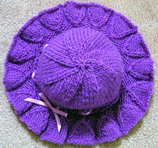 Bell Ruffle Hat - KNIT - free pattern