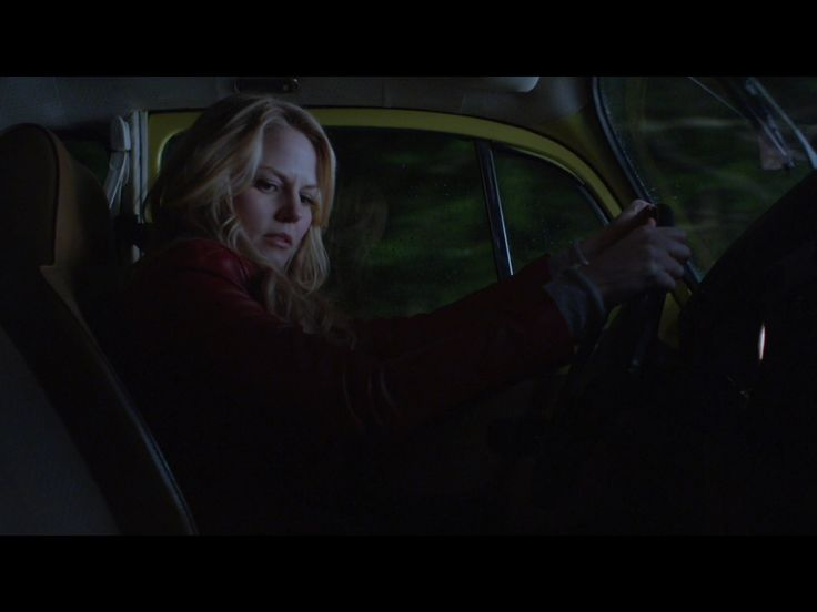 1x1 (emma on her way going home but gets in a car crash)