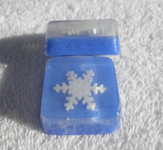 Snowflake Soap Favors for Frozen Birthday theme by SoapFavor, $28.00