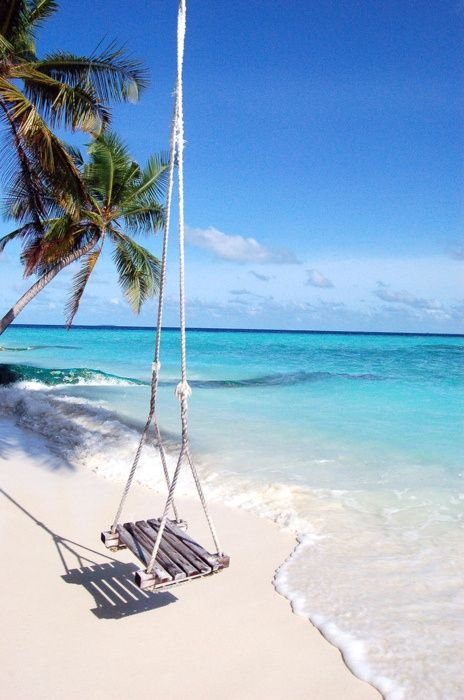 Swing by the sea. #beach: Sands, At The Beaches, Swings, The Ocean, Happy Places, Maldives Beaches, The Maldives, Yes Plea, Heavens