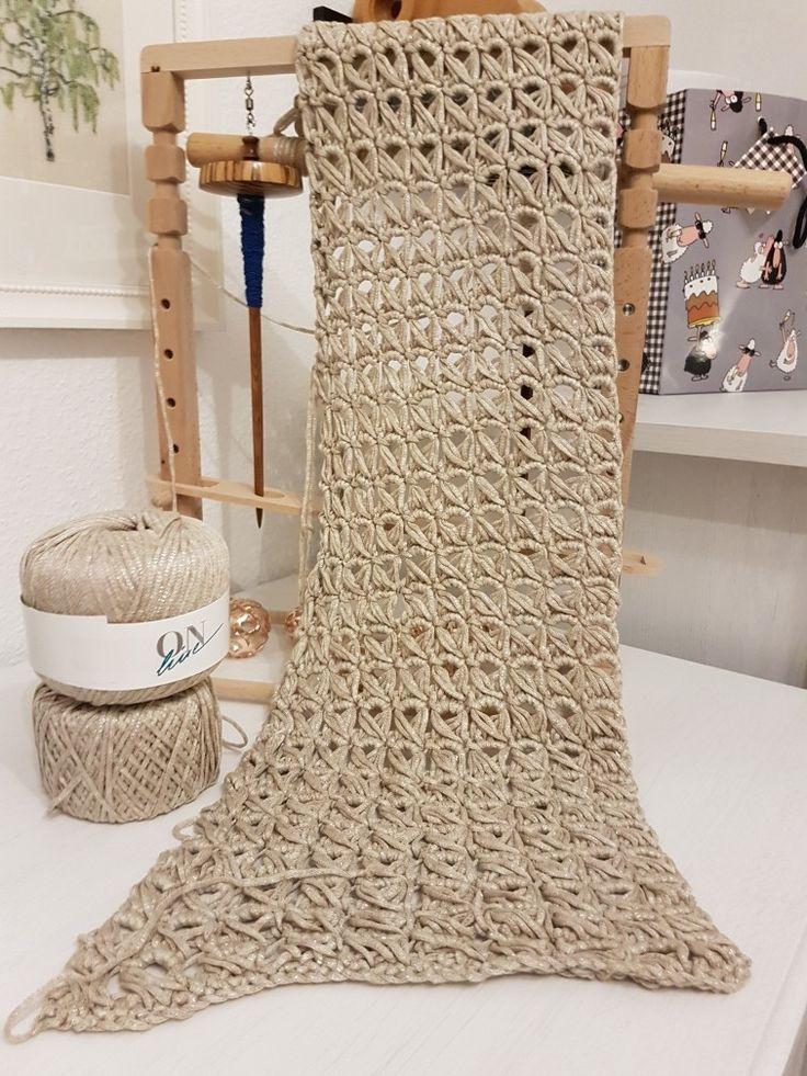 Broomstick-Technik, wird ein Loop. Wolle: ONline Luxor, Farbe: 0002 Beige/Gold