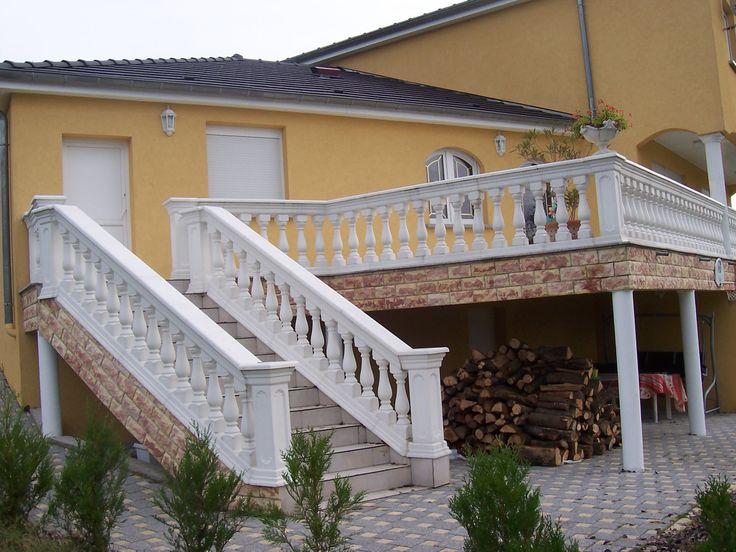Balustrade Pour L Escalier Exterieur En Beton Blanc Modele Roma Azur Escalier Exterieur Balustrade Terrasse Balustre Terrasse