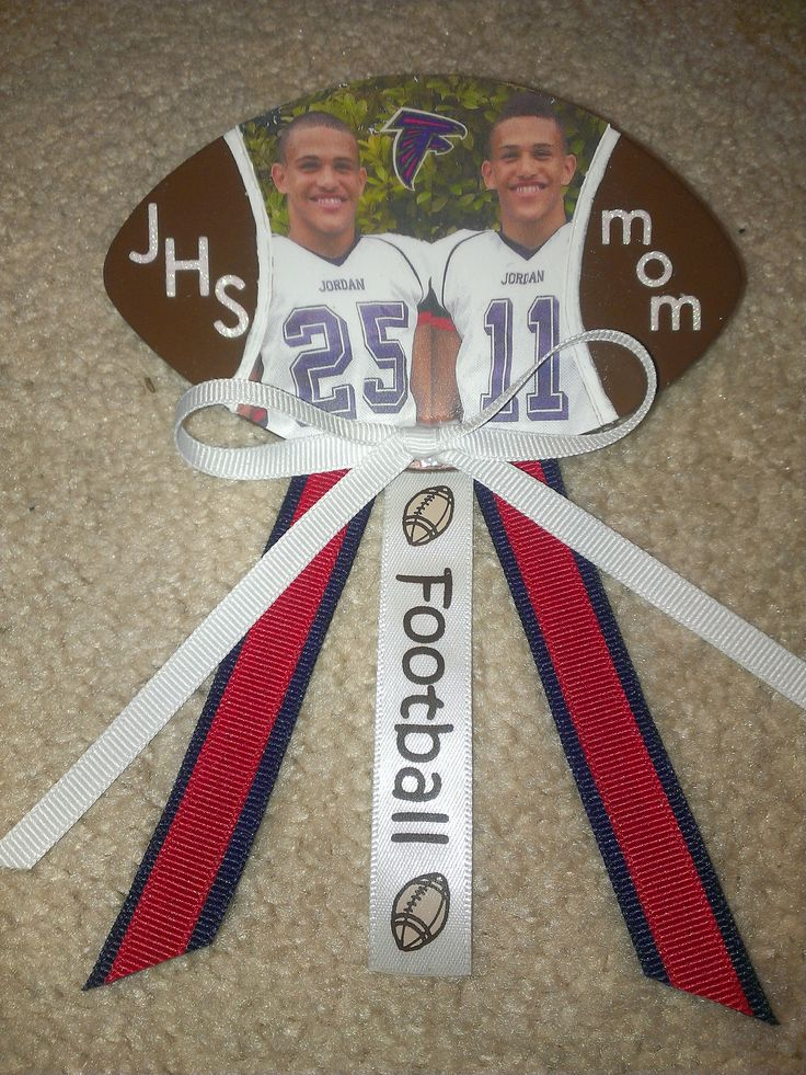 DIY Yearly football pins to support my boys!  Less than $5 to make!