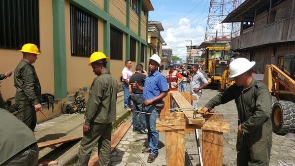 Los Ingenieros Militares y La Armada Nacional de Colombia #DejandoHuellas en #Guapi .  Se inicia construcción de CLL 5ta y CR 8°  INGENIEROS MILITARES DEL EJC - Página 24 - América Militar  Andrés González. @comunidadestilo