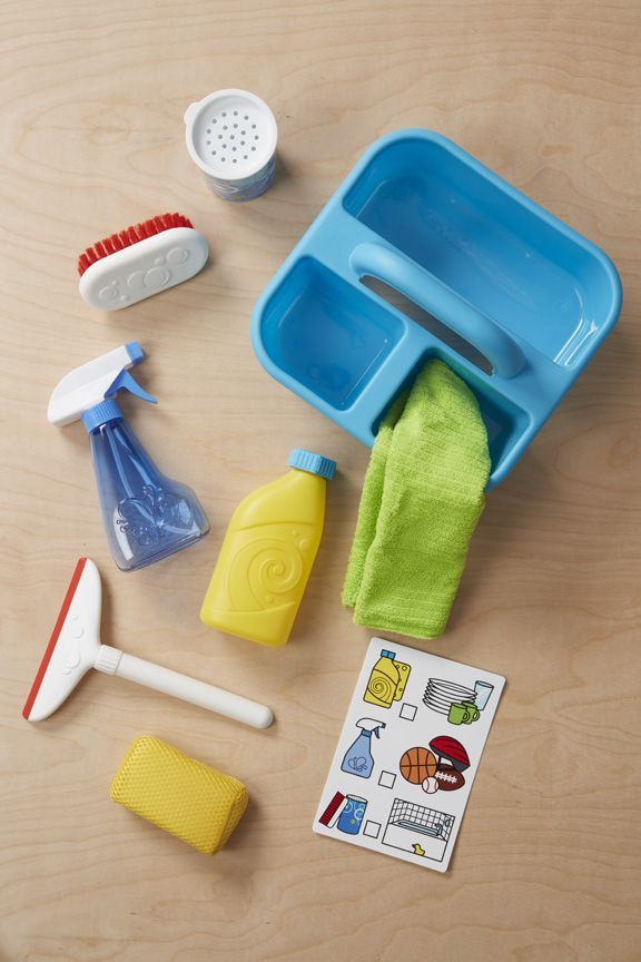 Spray Squirt /& Squeegee Play Set Melissa /& Doug Let/'s Play House