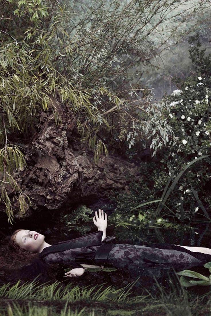 MiharaYasuhiro Shows Film At Tate Britain - Pre-Raphaelites Exhibition (Vogue.com UK)
