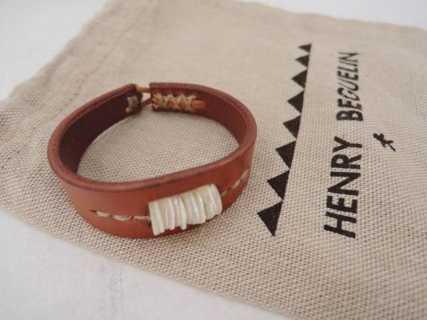 エンリーベグリン HENRY BEGUELIN レザーブレスレット