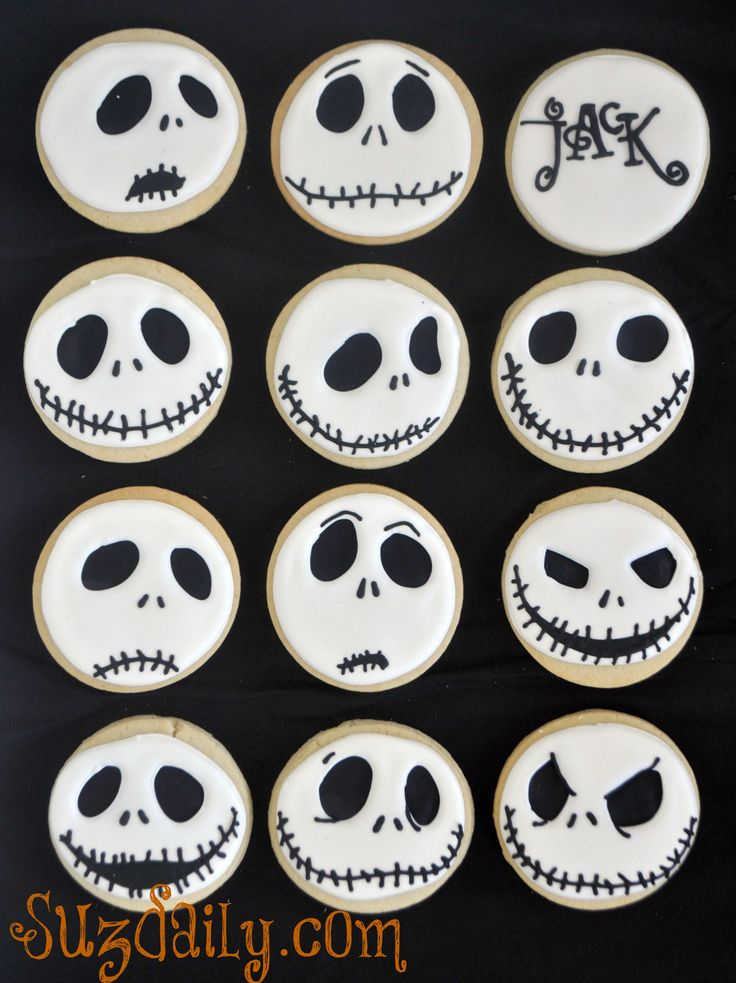 These guys are screaming bake me! Too cute, mamma, next time your in the kitchen, pwease make? ;)