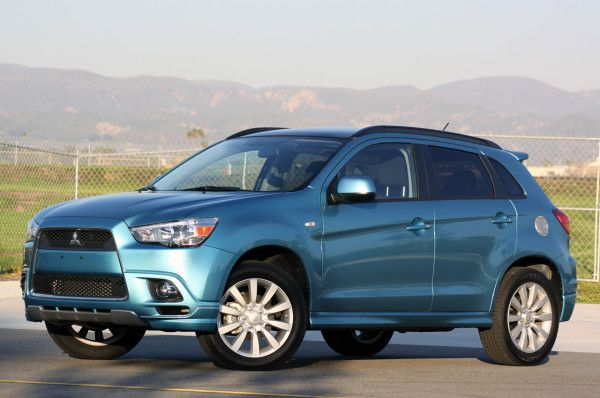 2014 Mitsubishi Outlander Sport 2 WD Side 600x398 2014 Mitsubishi Outlander Sport Review Details and Quality