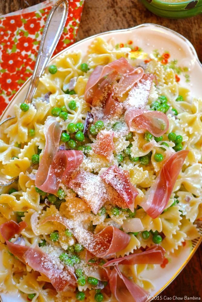 Farfalle with Peas and Prosciutto http://ciaochowbambina.com