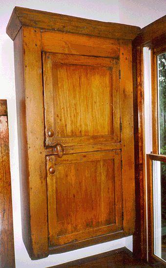Louden White Pine Wall Cabinet 2 Door