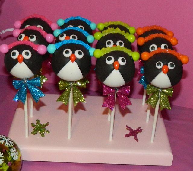 Penguin Cake Pops at a Winter Wonderland Party #winterwonderland #cakepops
