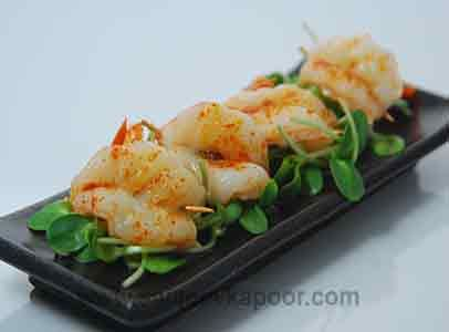 25 best continental cuisines images on pinterest kitchens sanjeev how to make baked prawn appetizer prawns stuffed with green olives sprinkled with olive oil and red chilli powder and baked forumfinder Choice Image