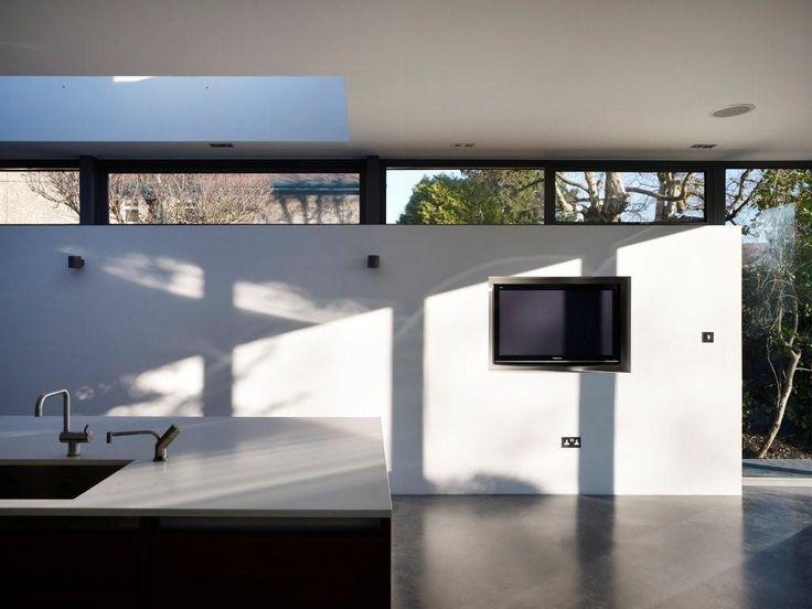 Interior 8