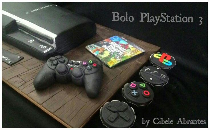 Bolo e cupcakes tema vídeo game PlayStation 3. By Cibele Abrantes - Belle Sabores. #bellesabores #PlayStation PlayStation 3 cake and cupcakes.