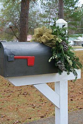 Decorated mailbox